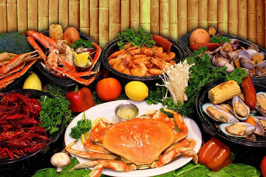 Đặt tiệc outside quận 6 với thực đơn món hải sản ngon miễn chê